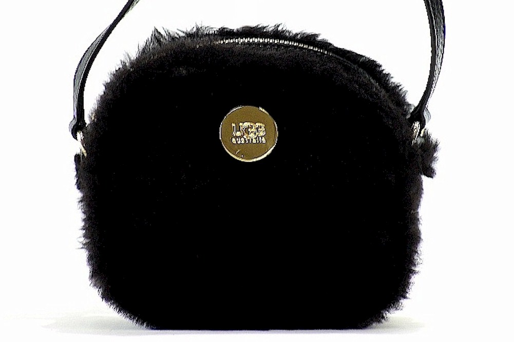 Image of Uggs Ugg Australia Women's Quinn Box Zip Crossbody Handbag - none - 7 x 3x 6.5 in
