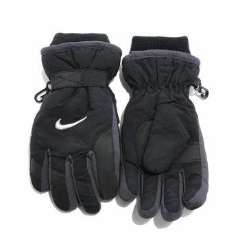 Nike Boy's Winter Snow Insulated Gloves  UPC: