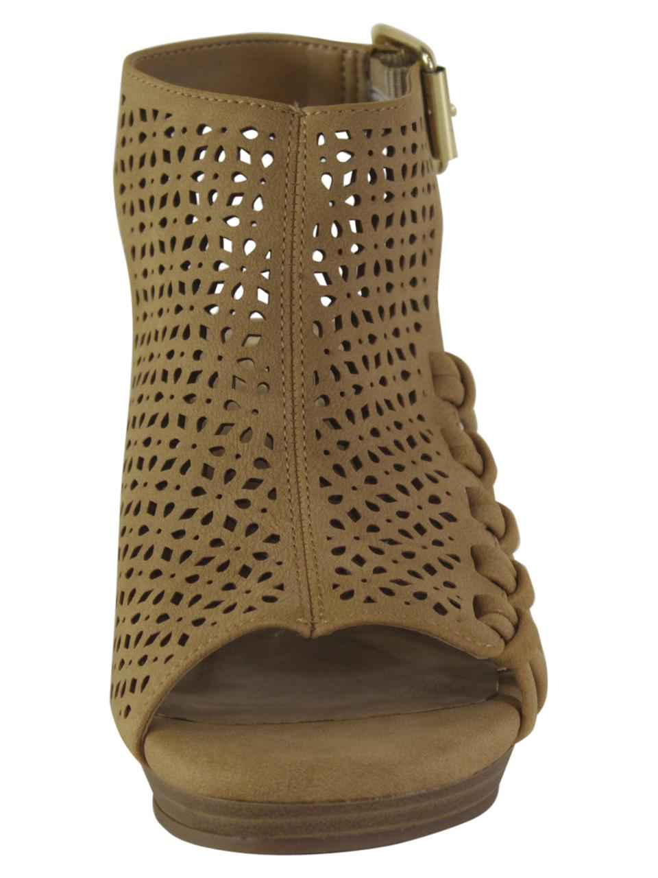 3c7d054cb3 Vince Camuto Little/Big Girl's Obal Wedge Sandals Shoes by Vince Camuto