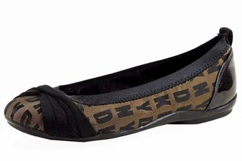 Donna Karan DKNY Women's Stunning Logo Fashion Ballet Flats Shoes