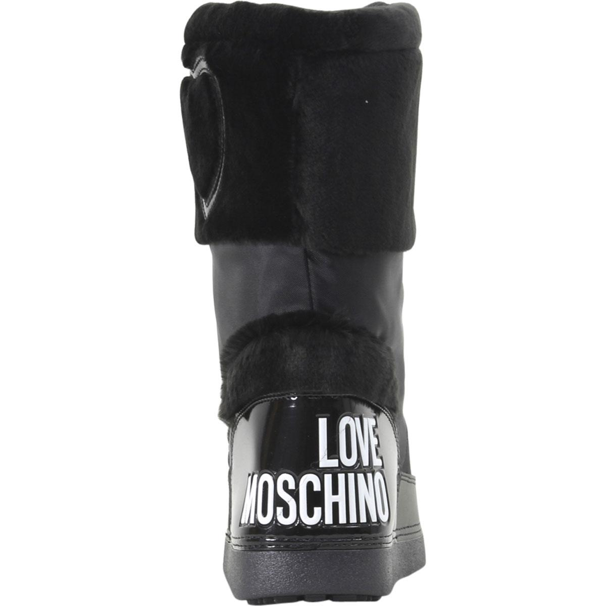 best sell newest style of order online Love Moschino Women's Heart Winter Snow Boots Shoes