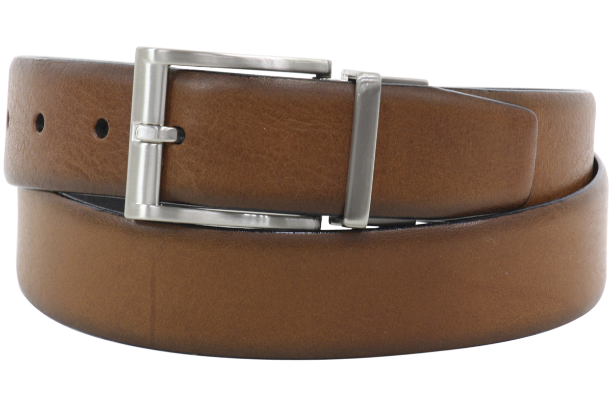 Image of Trafalgar Men's Bradley Reversible Genuine Leather Belt - Brown - 32