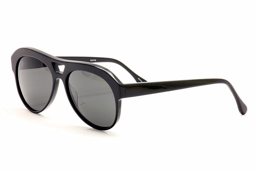Image of Elizabeth And James Women's Columbus Retro Pilot Sunglasses - Black - Medium Fit